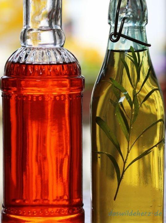 Frühjahr in sauer: aromatisierter Essig auf zweierlei Art