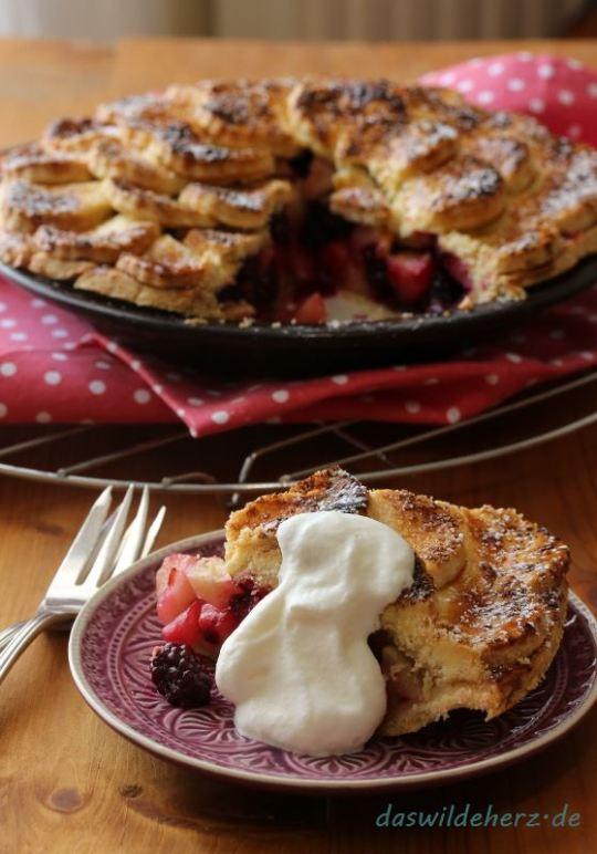 Very British: Rezept für Apfel-Brombeer-Pie